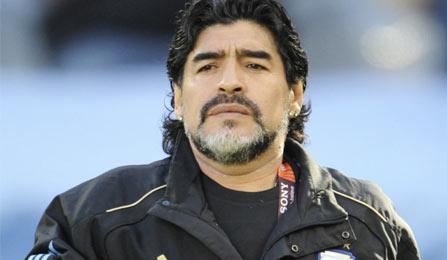 من مارادونا إلى بيليه: غير طبيبك الخاص