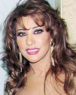 نجوى كرم فخورة بتسمية شارع لبناني على اسمها