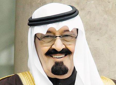 خادم الحرمين الشريفين يزور وزير الإعلام