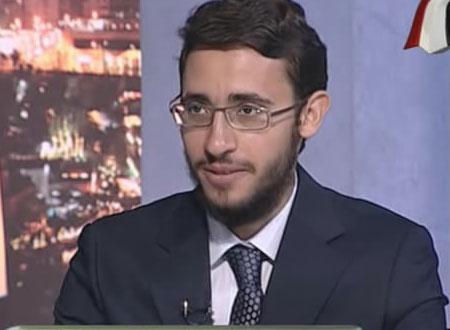 """هيثم دسوقي يهدي فوزه بـ""""نجم العلوم"""" لشهداء الثورة"""