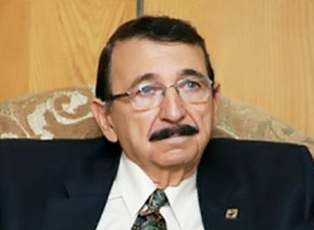 وفاة زوجة مصطفى السيد بالسرطان وراء اهتمامه بالمرض