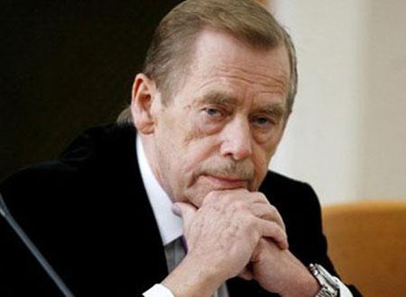 تشييع الرئيس التشيكي السابق إلى مثواه الأخير