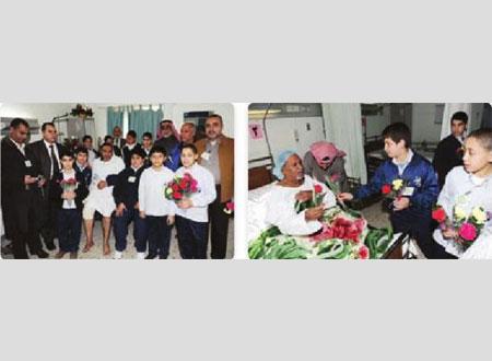 وفد مدرسة النجاة يزور مرضى مستشفى الرازي