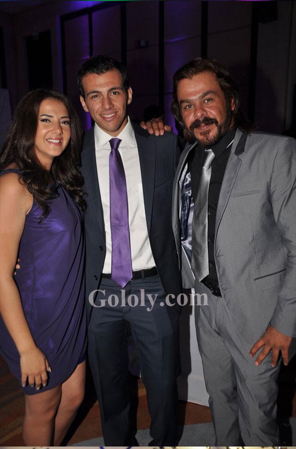 بالصور.. دنيا سمير غانم وزوجها بحفل زفاف في أول ظهور لهما ...