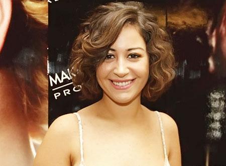 ترشيح منة شلبي لبطولة مسلسل «أمراتان»