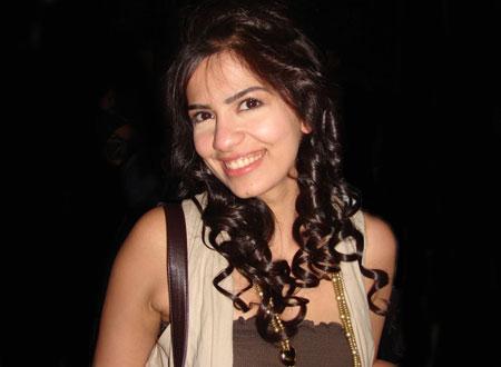 أميرة هاني تدافع عن صابرين بعد خلعها للحجاب