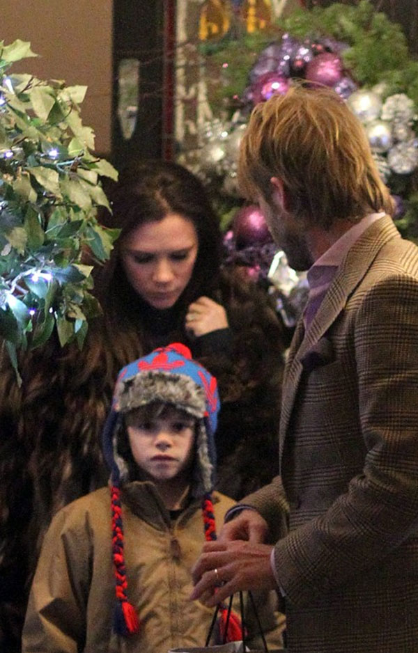 بيكهام يحتفل بعيد الميلاد