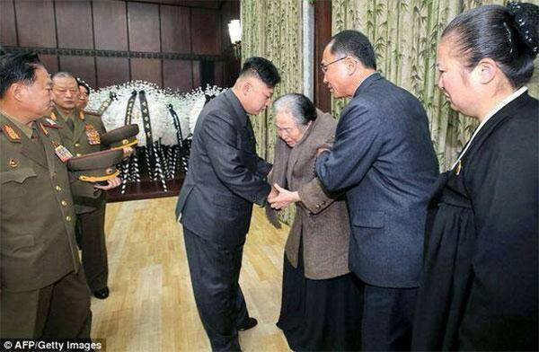 زعيم كوريا الشمالية إعدام عمته: أزلنا الأوساخ 2013-12-23_00025.jpg