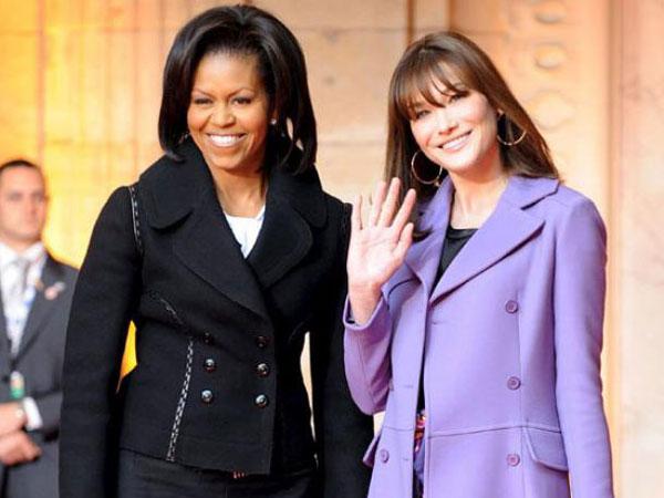 كارلا ساركوزي وميشيل اوباما