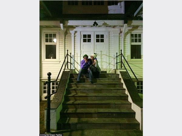 شارلي شين يكشف تفاصيل زفافه 2014-01-06_00012