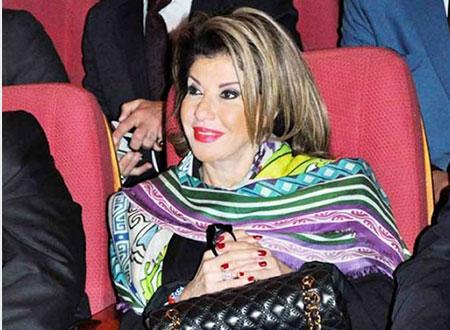هالة سرحان تقف دقيقة حداد على محمد مرسي.. فيديو