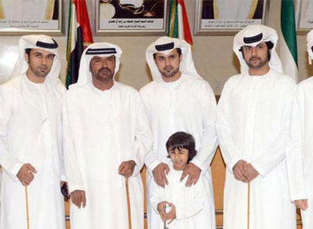 آل مكتوم يشاركون خلفان بن خرباش حفل زفاف نجله في دبي