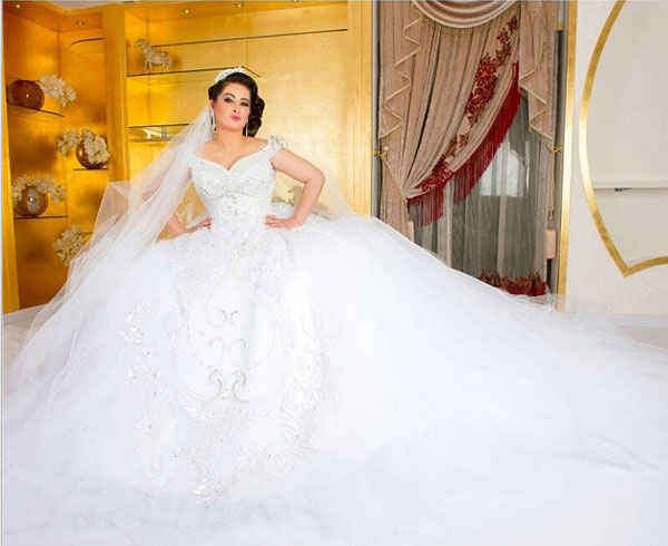 321eca10e فستان مروة محمد يثير الجدل حول موعد زفافها .. صور | فن عربي | وكالة ...