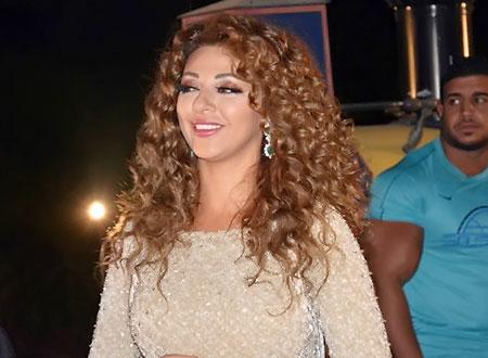 جولولي   ميريام فارس تبرق في أبو ظبي بمجوهرات ماسية ثمينة.. فيديو