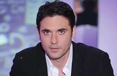 الفنان احمد عز