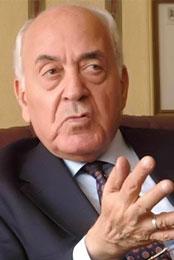 عبدالعزيز حجازي