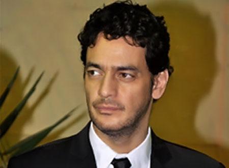 خالد أبو النجا يتوعد منتقديه