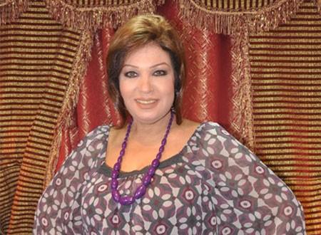 فيفي عبده وشاكيرا بنفس الرقصة.. فيديو