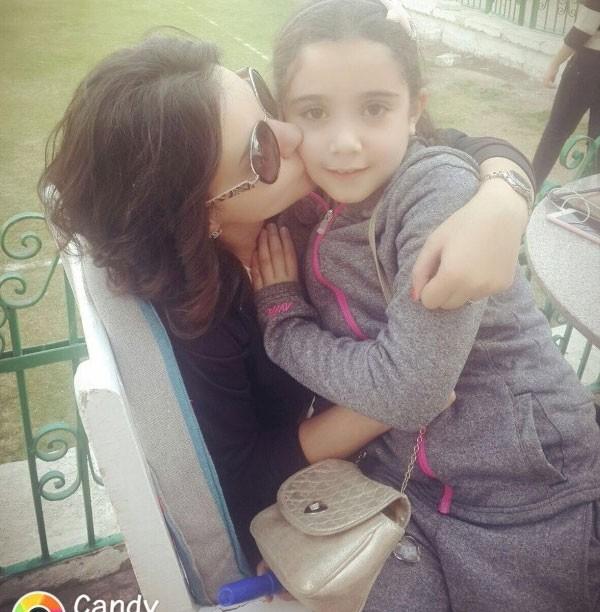 دينا فؤاد وابنتها