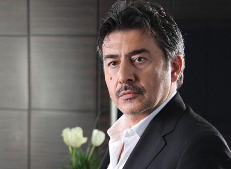 عابد فهد: مقارنتي بتيم حسن تستفزني.. والأخير يرد عليه
