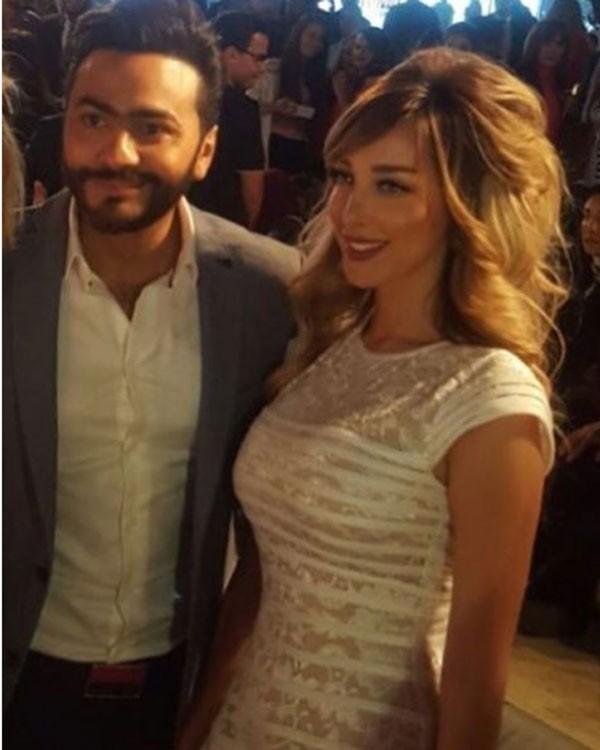 جولولي | تامر حسني يعتذر لزوجته بسمة بوسيل على الهواء.. تعرف على السبب