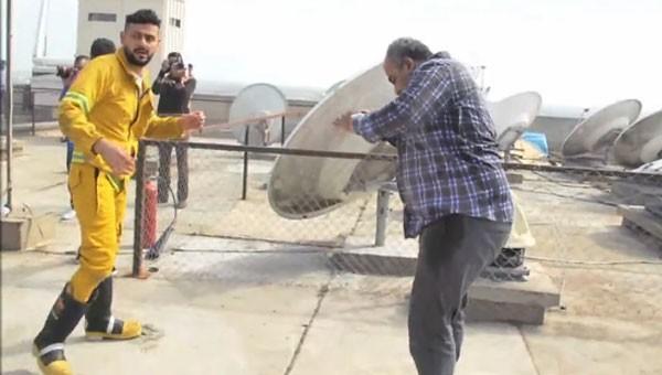 جولولي | رامز جلال يمنح بيومي فؤاد هذا اللقب.. والأخير ينهال عليه بالضرب.. صور