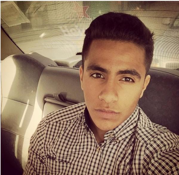 محمد فؤاد وابنه
