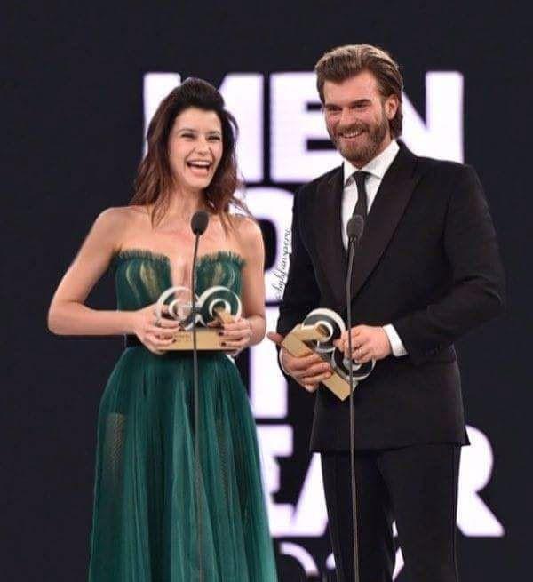 فستان بيرين الشفاف يهزم زوجة كيفانج تاتليتوج المثير باقة ألمع نجوم تركيا