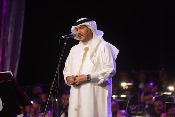 منح شهادات الدكتوراه الفخرية لـ محمد عبده و طلال و بدر بن عبد المحسن