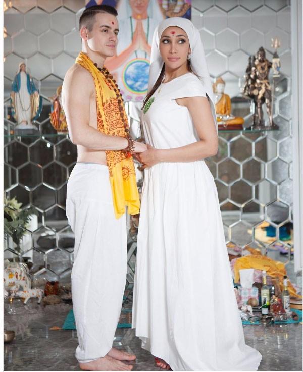 طقوس زواج صوفيا حياة داخل معبد.. صور