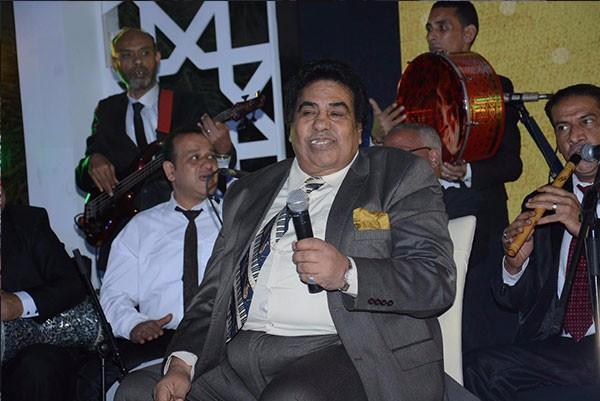 احمد عدوية يحي اولى حفلاته الرمضانية ب افندينا ويستعد ل مولانا