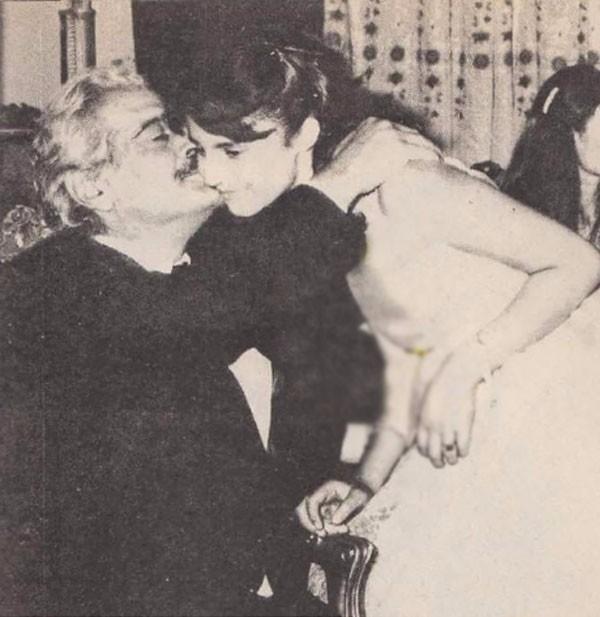 رانيا محمود ياسين و عمر الشريف