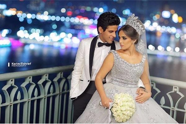 حمدي الميرغني و اسراء عبدالفتاح