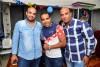 احمد عدوية يحتفل بعيد ميلاد زوجته بحضور الأبن والأسرة