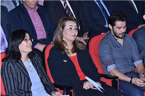 وزيرة التضامن الاجتماعي وكوكبة من النجوم بحفل (بينا) للايتام بالمركز الاوليمبي