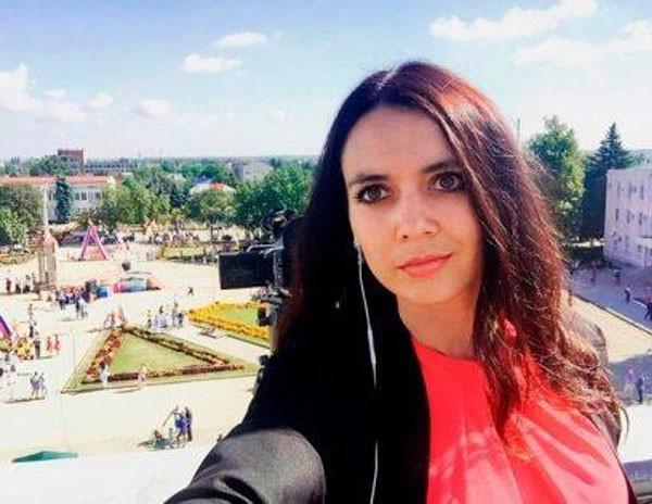 المذيعة الروسية زانا فيبر