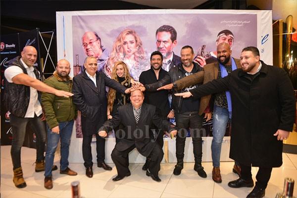حسن الرداد و هنا الزاهد و ماجد المصري يحتفلون بعرض عقدة الخواجة