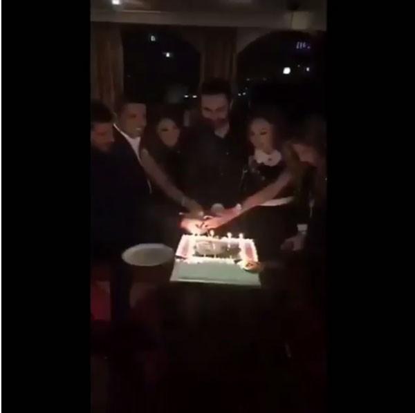 محمد كريم يحتفل بعيد ميلاده