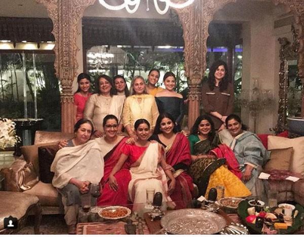 شاهد.. جايا باتشان تستضيف عشاء للنساء الأكثر موهبة بوليوود