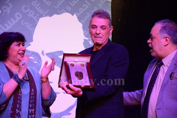 وزيرة الثقافة تشهد تكريم محمود حميدة ودفعة ٢٠٠١ في مهرجان زكي طليمات