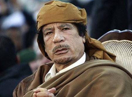 الراقصة التونسية نجلاء تتحدث عن علاقتها بالرئيس الليبي الراحل معمر القذافي.. فيديو
