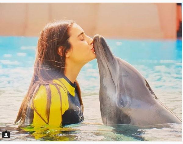 إيمية صياح تحتفل بعيد ميلادها الدلافين 2018
