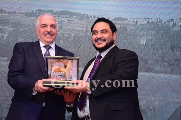 نجوم الفن السياسه والاعلام وأمير الغناء العربي هاني شاكريتألق في احتفالية القدس بالأردن