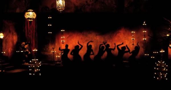 من ديبيكا بادوكون إلى كاترينا كايف.. ممثلات ابهرونا برقص شرقي مثير على الشاشة