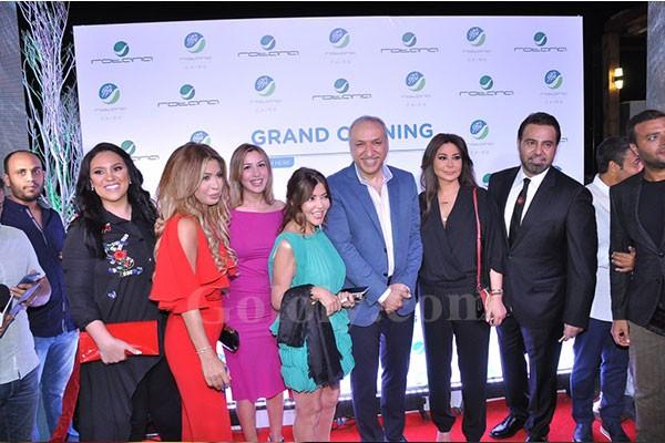 سالم هندي ونجوم الغناء في حفل افتتاح كافية روتانا