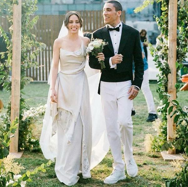 زفاف اويكو كارايل