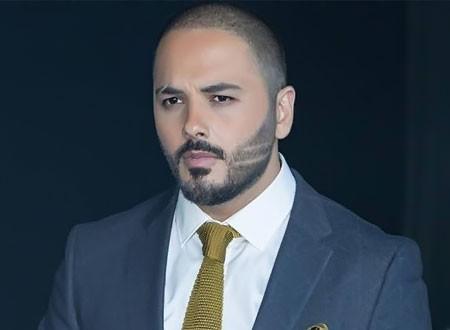 زوجة رامي عياش مفاجأة أول حفل غنائي لايف في الحجر المنزلي.. فيديو