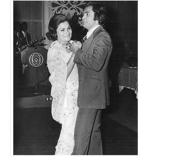 بعض الصور النادرة للنجم الكبير ريشي كابور في عيد ميلاده الـ66