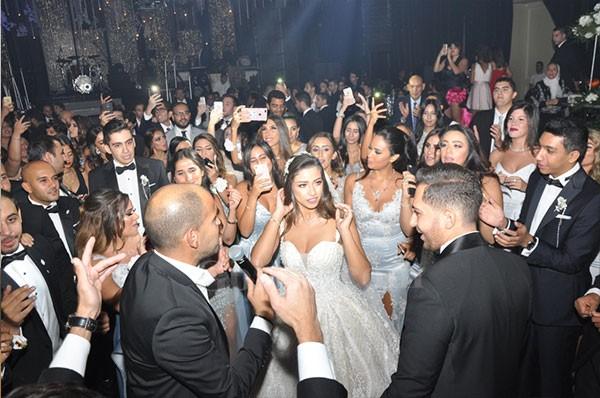 حفلة الزفاف تجمع كبار الشخصيات 20180915_092720_0302