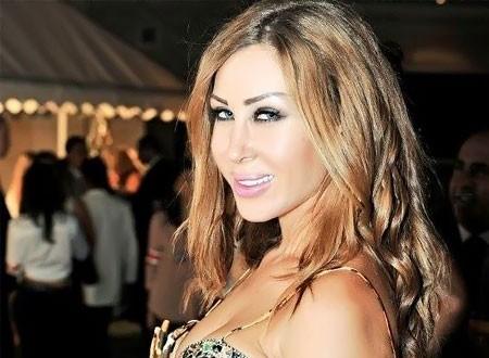 الفنانة اللبنانية نورهان تحتفل بانفصالها عن زوجها على نغمات الدبكة.. شاهد  20180915_215437_6147
